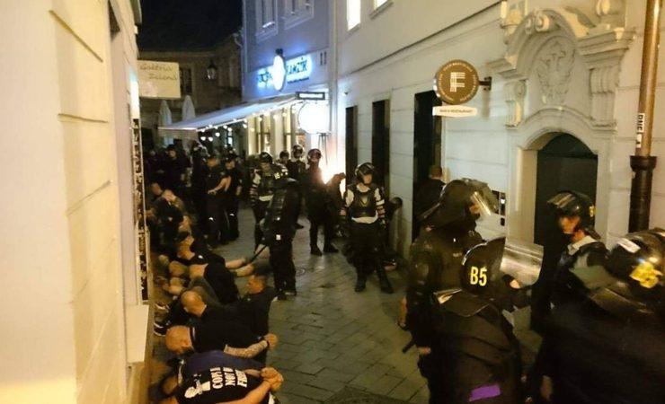 MIMORIADNE: V centre Bratislavy sa strhla obrovská bitka. Situácia si vyžiadala aj ťažkoodencov!